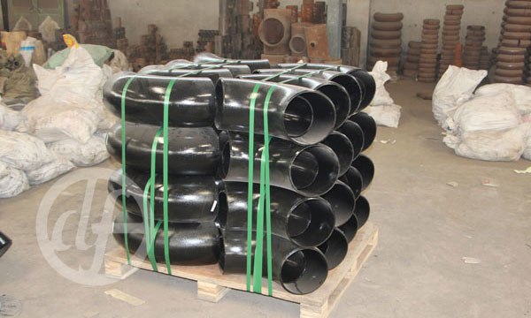 Alloy steel pipe fittings packing