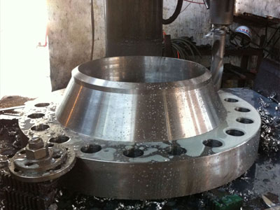 our ASME B16.5 WELD NECK FLANGES SERIES A OR B manufacturing plant Mumbai