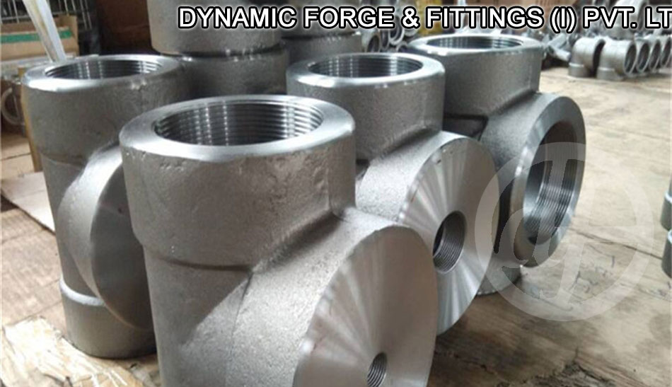 Manufacturer of threaded pipe fittings type tee elbow